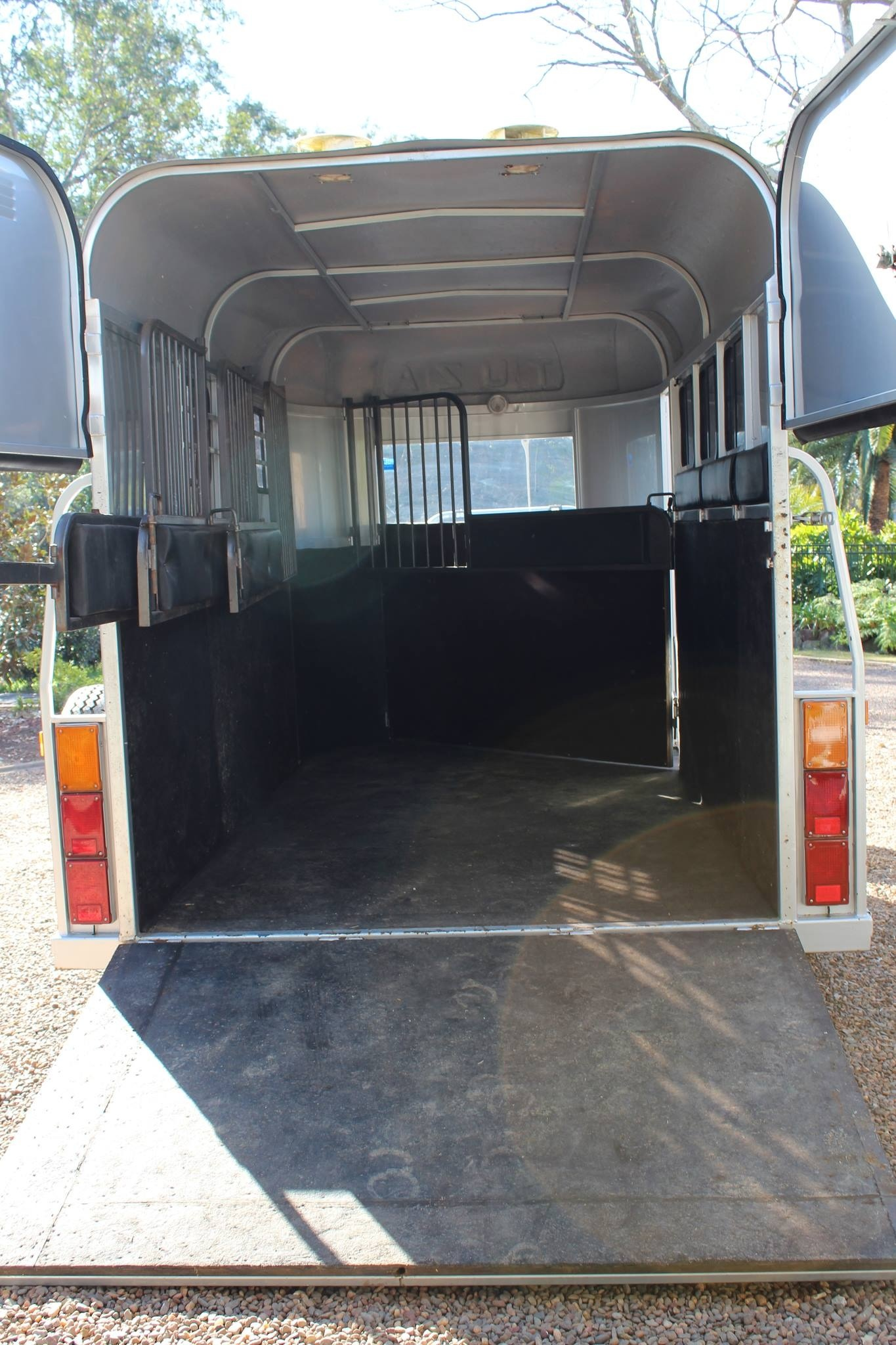 Tuza 3 Horse Angle Load Float Horse Floats For Sale Nsw
