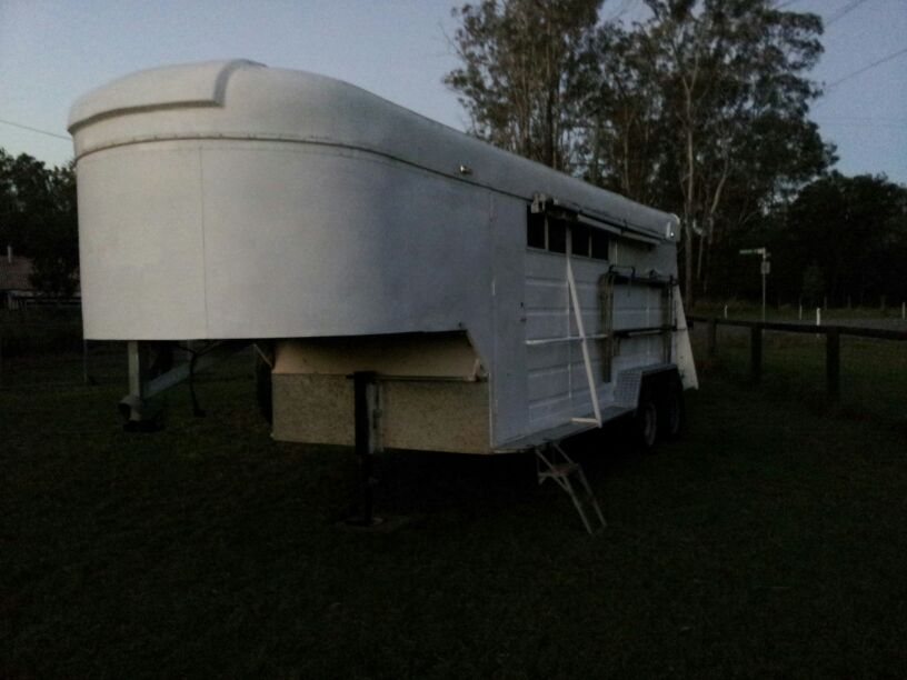 3 Horse Angle Load Gooseneck Horse Floats For Sale Qld