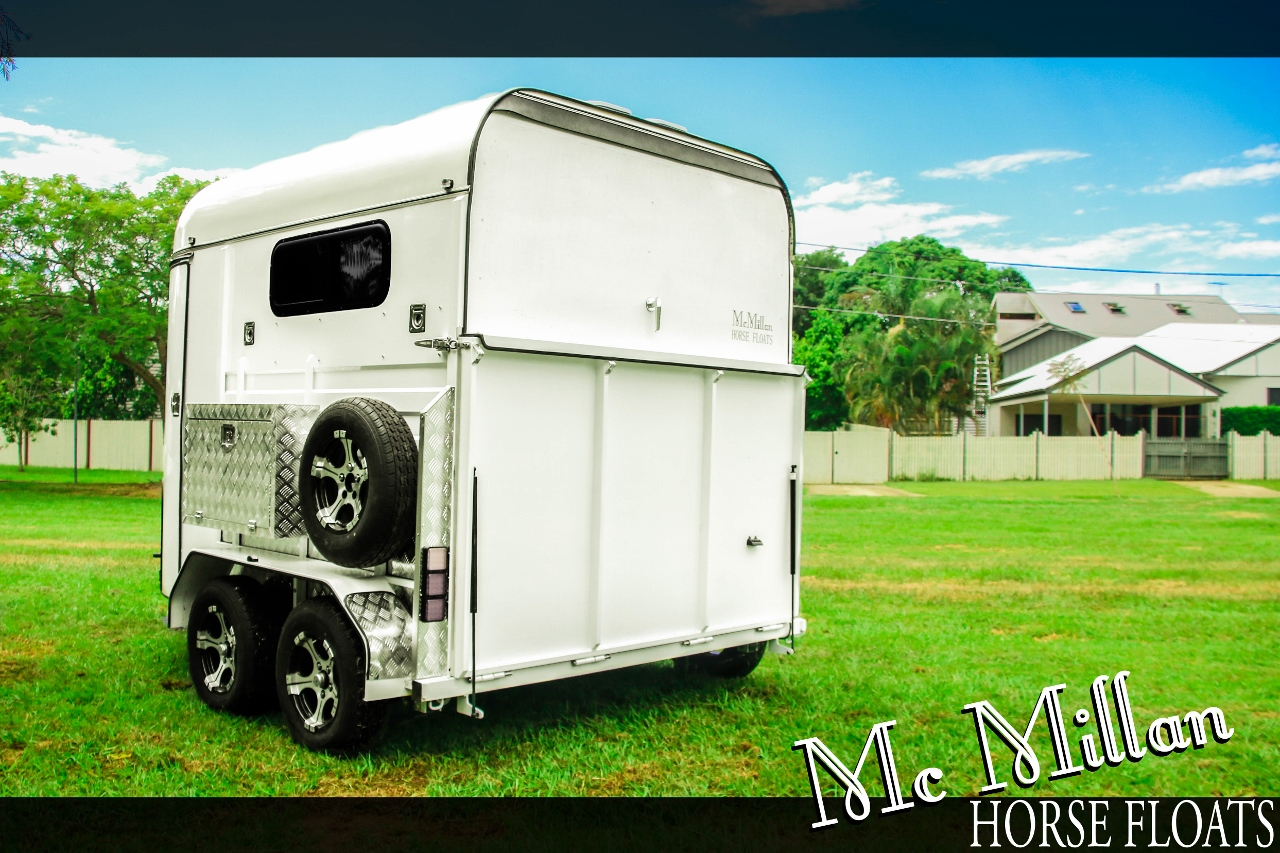 New Mcmillan 2 Horse Angle To Right Horse Floats For