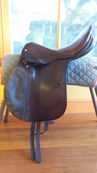 saddle leather for sale leather showjumping saddle saddles and tack for nsw 5037